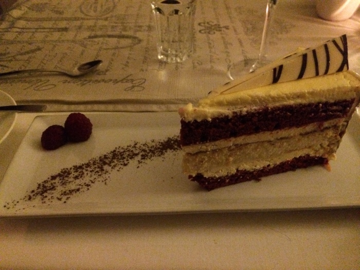 Red Velvet cheescake - Yum!